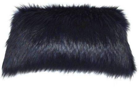 fur-pillow-3