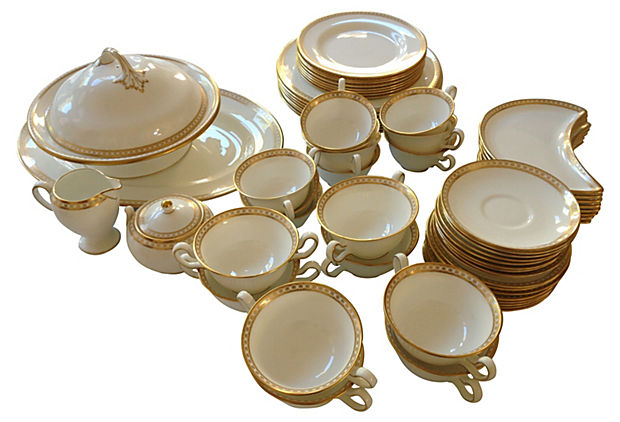 wedgewood bone china service for 8 modern vintage mix. Black Bedroom Furniture Sets. Home Design Ideas